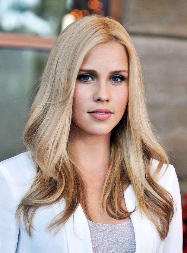 620x840 - Claire Holt Wallpapers 11