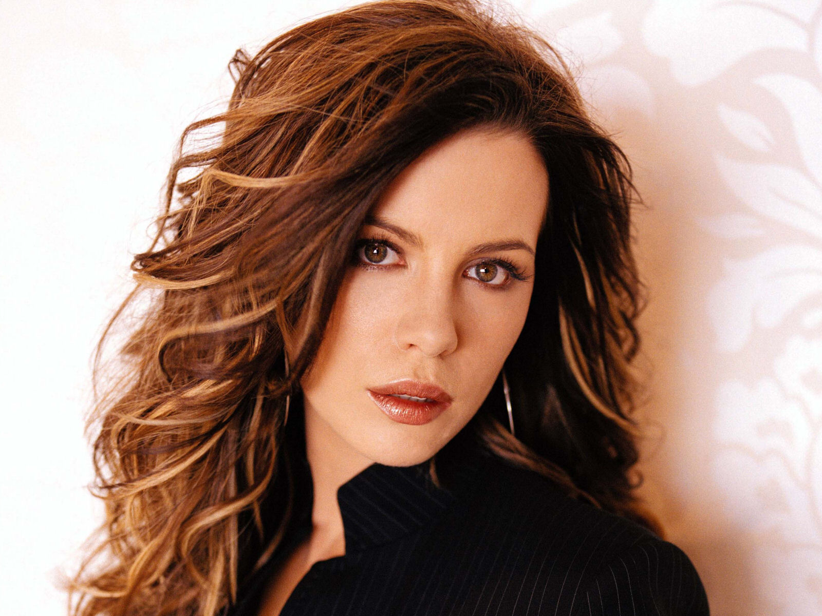 1600x1200 - Kate Beckinsale Wallpapers 27