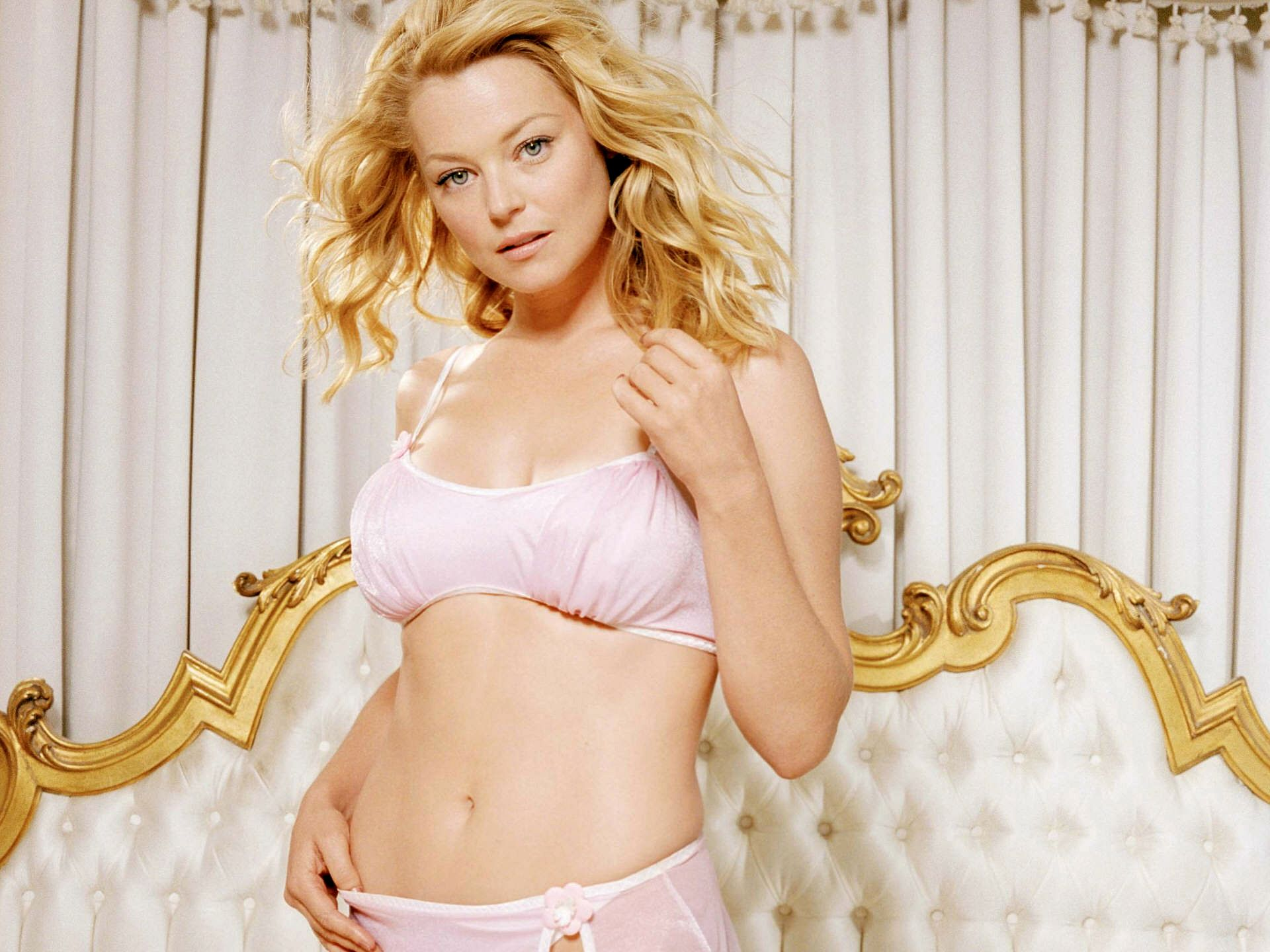 1920x1440 - Charlotte Ross Wallpapers 17