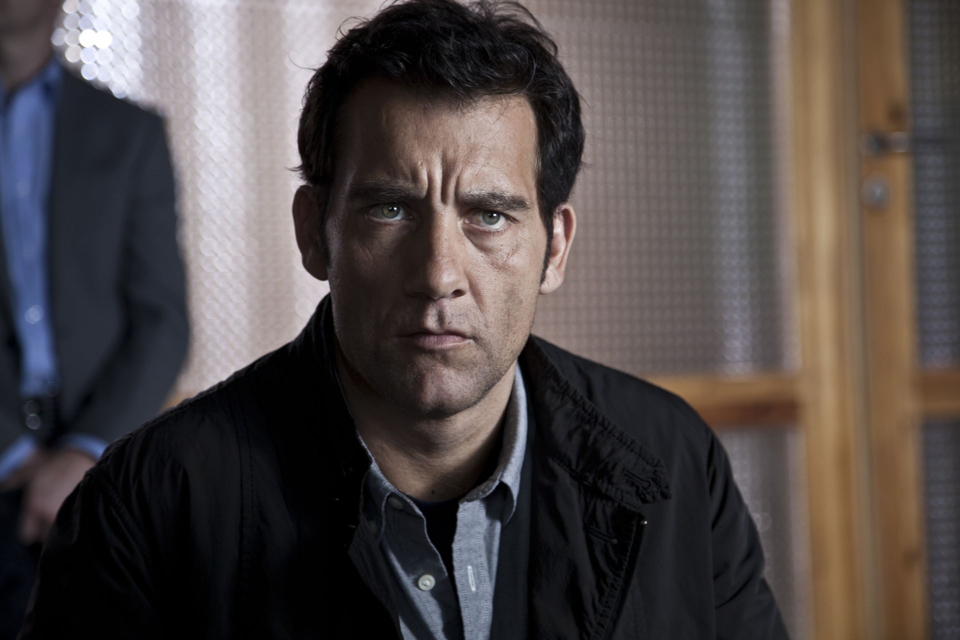 1920x1280 - Clive Owen  Wallpapers 20