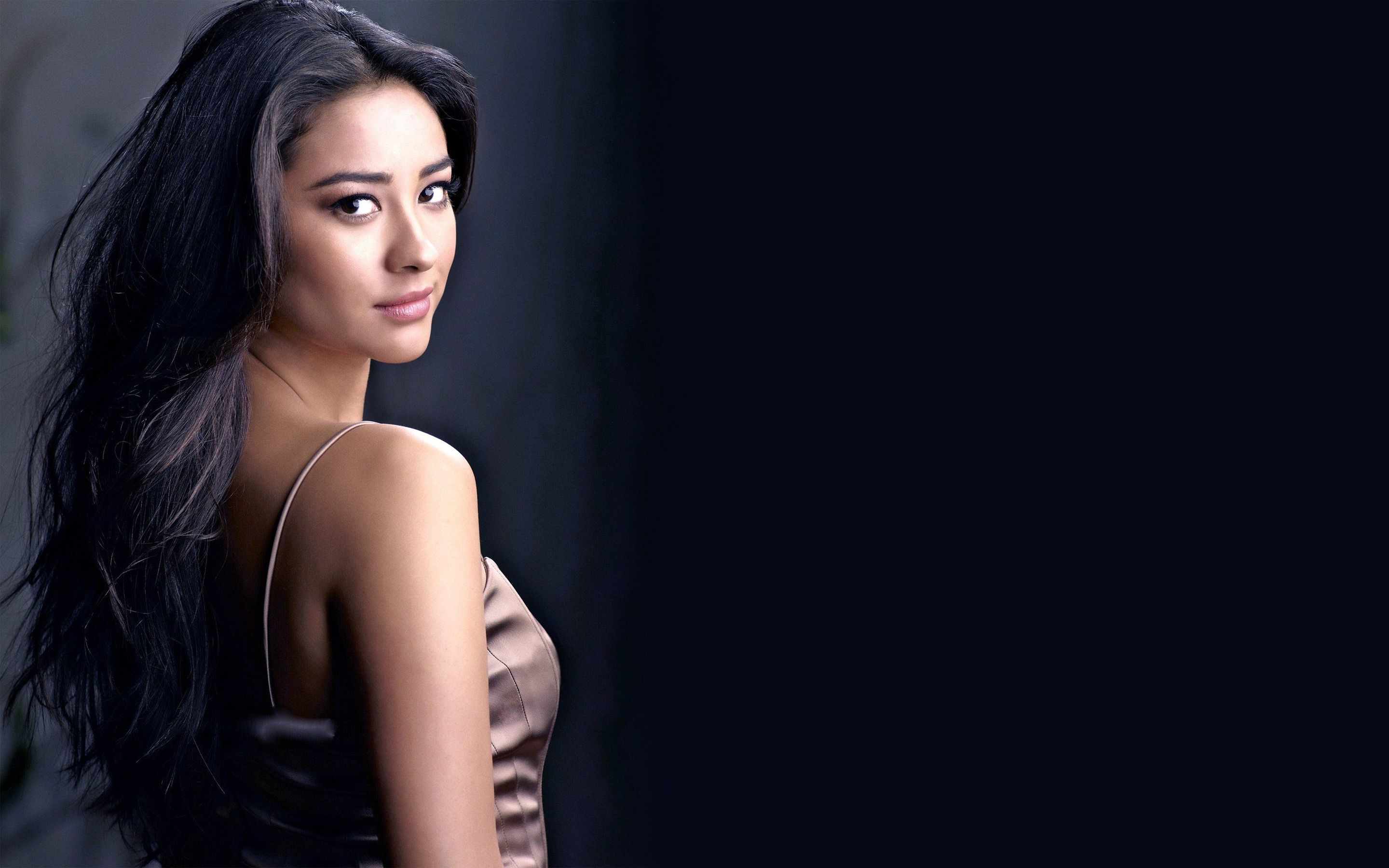 2880x1800 - Shay Mitchell Wallpapers 6