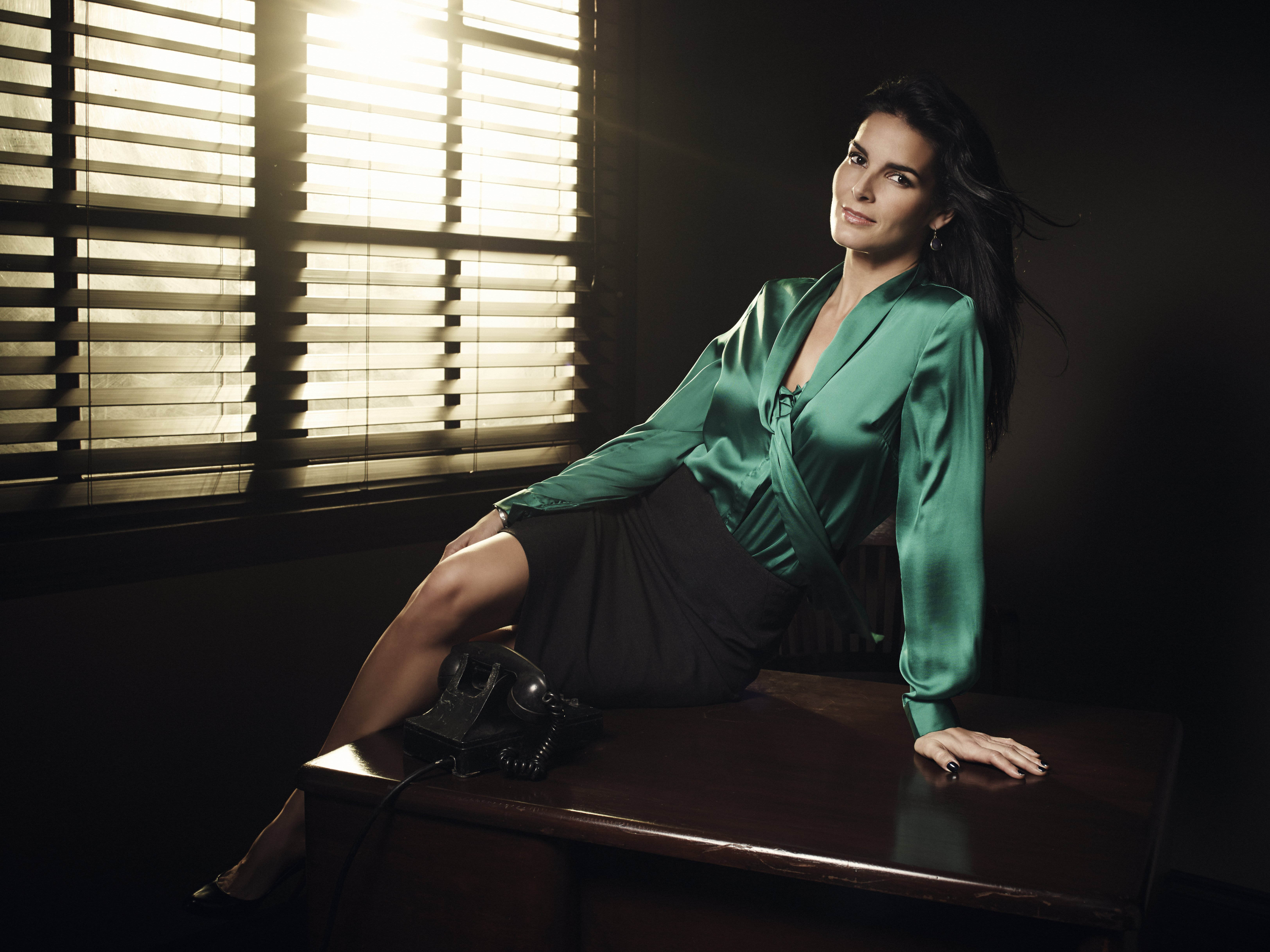 3000x2250 - Angie Harmon Wallpapers 7