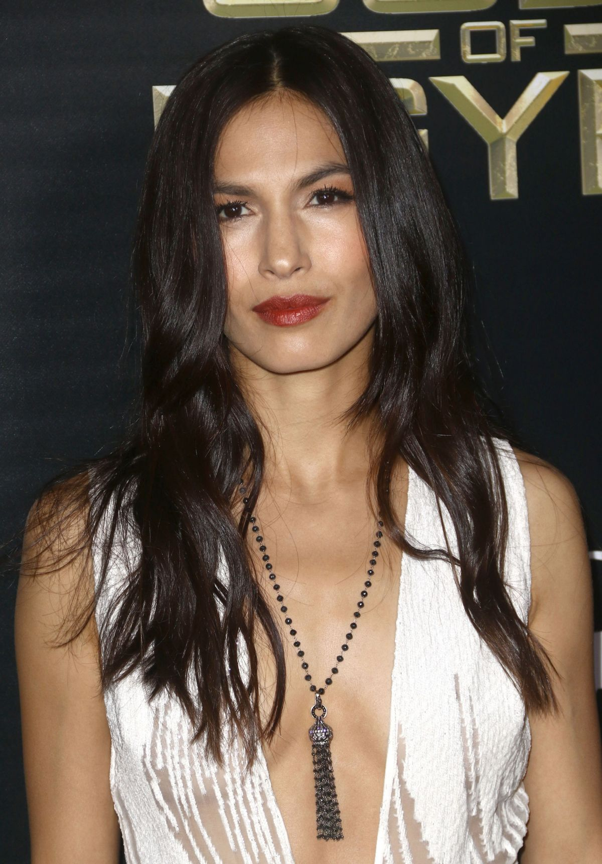 1200x1721 - Elodie Yung Wallpapers 20