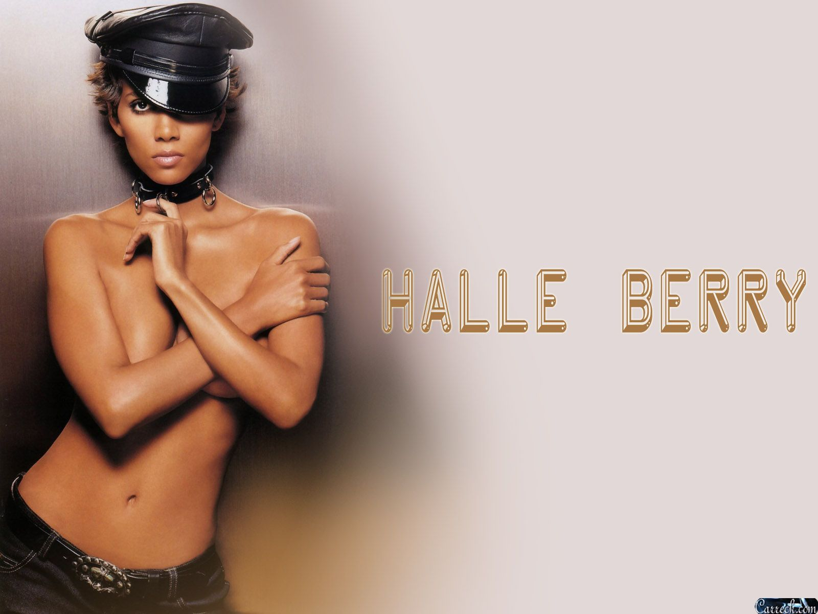 1600x1200 - Halle Berry Wallpapers 36