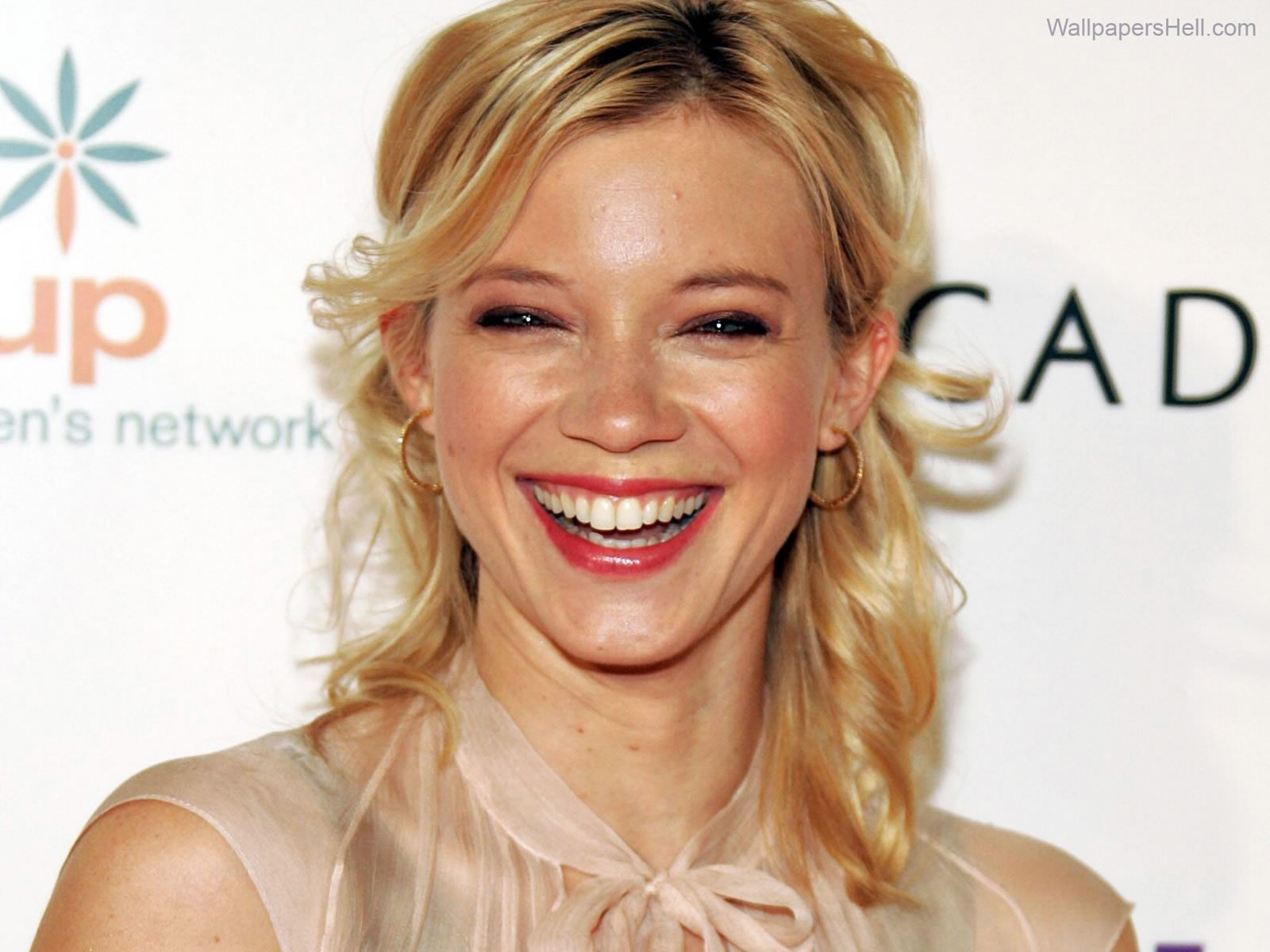 1600x1200 - Amy Smart Wallpapers 16