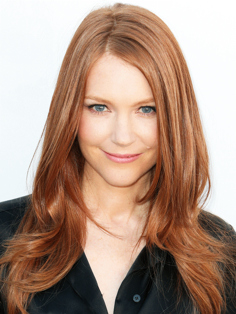 768x1024 - Darby Stanchfield Wallpapers 23