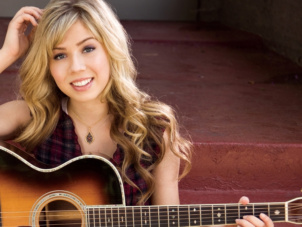 1024x768 - Jennette McCurdy Wallpapers 4