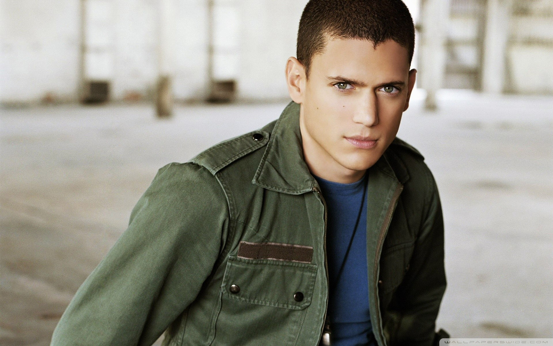 1920x1200 - Wentworth Miller Wallpapers 3