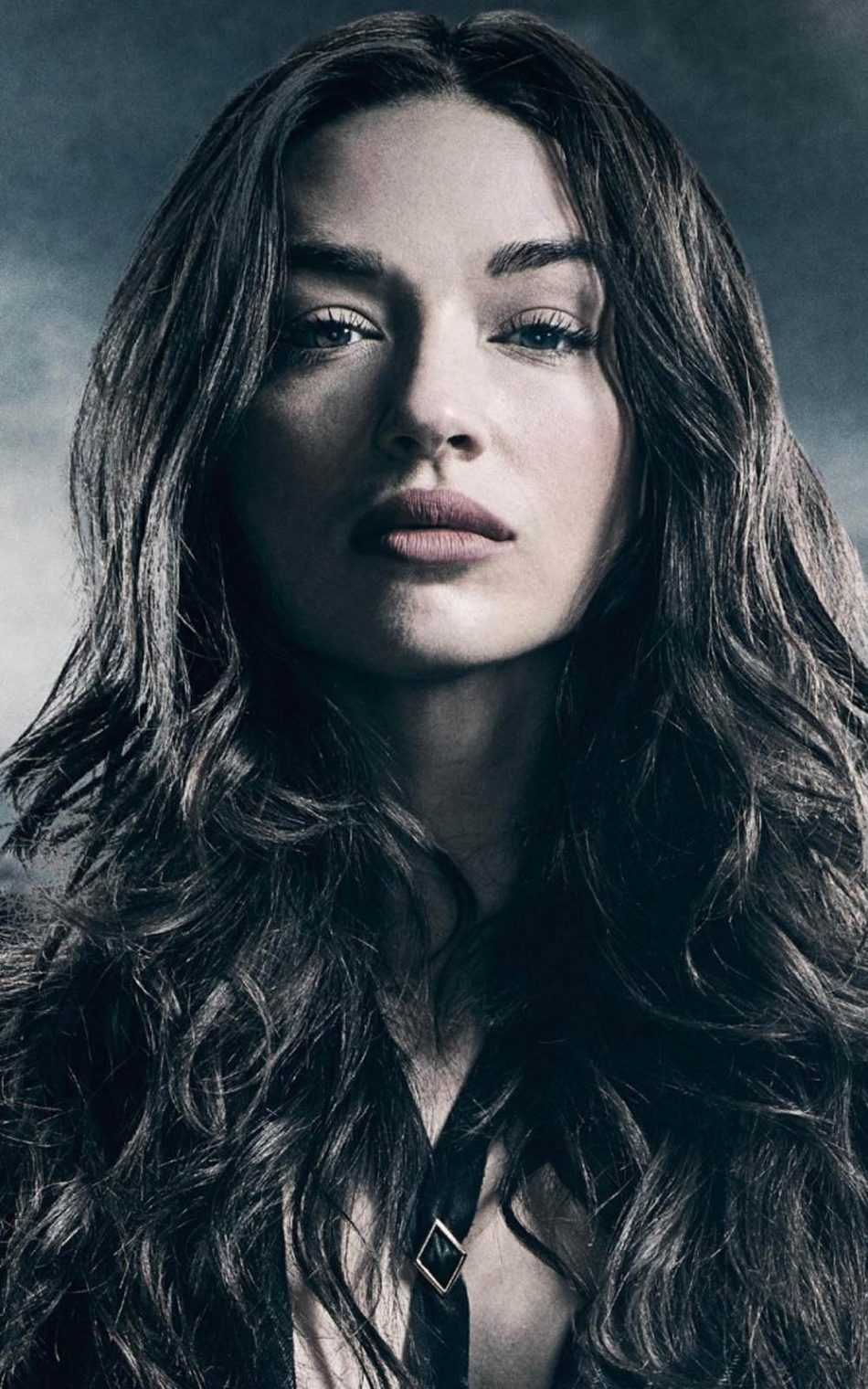 950x1520 - Crystal Reed Wallpapers 7