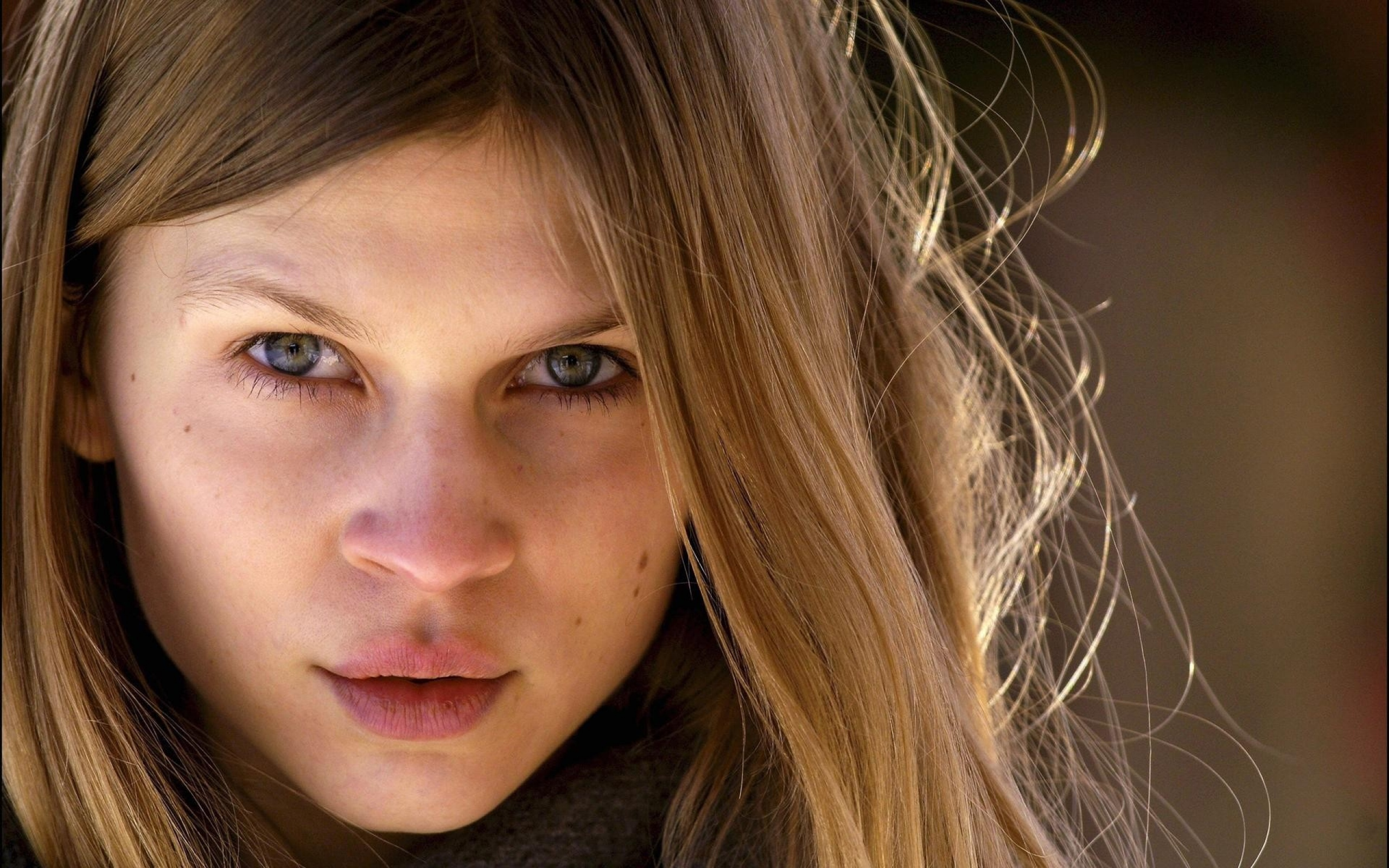 2560x1600 - Clemence Poesy Wallpapers 16