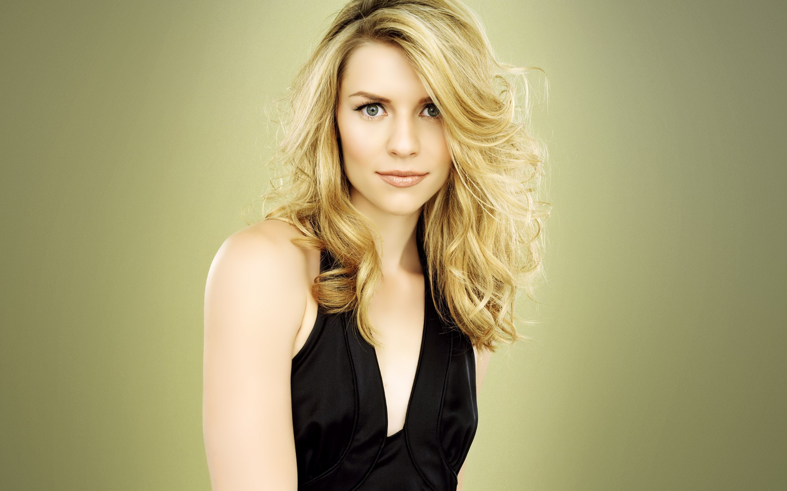 2560x1600 - Claire Danes Wallpapers 35