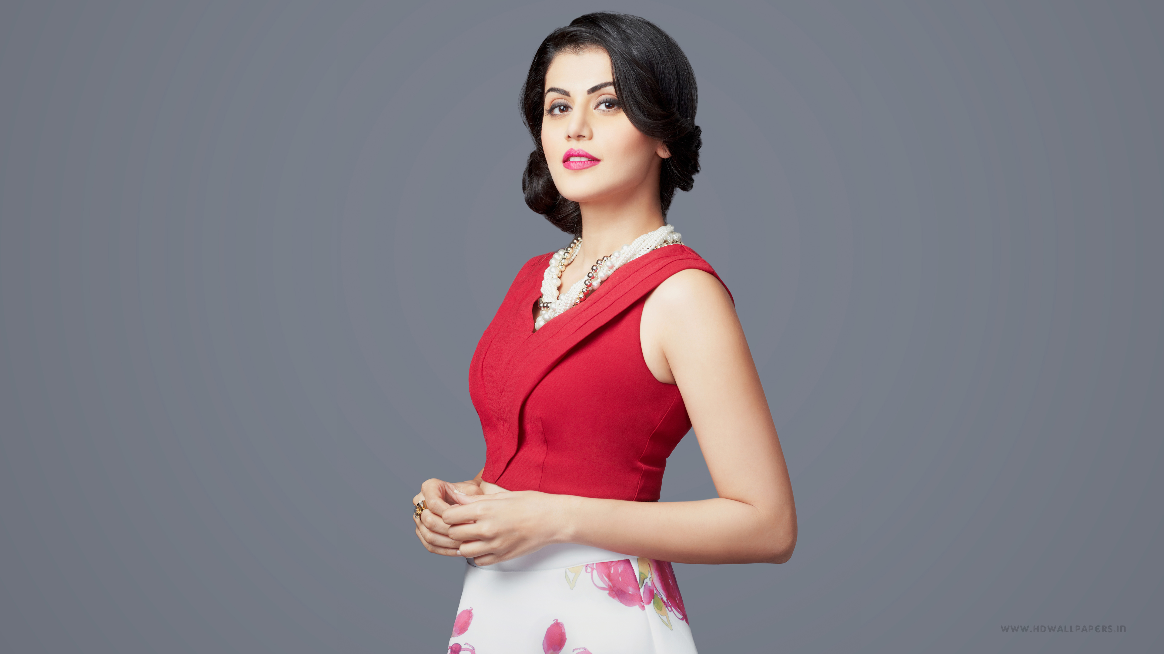 3840x2160 - Tapsee pannu Wallpapers 2