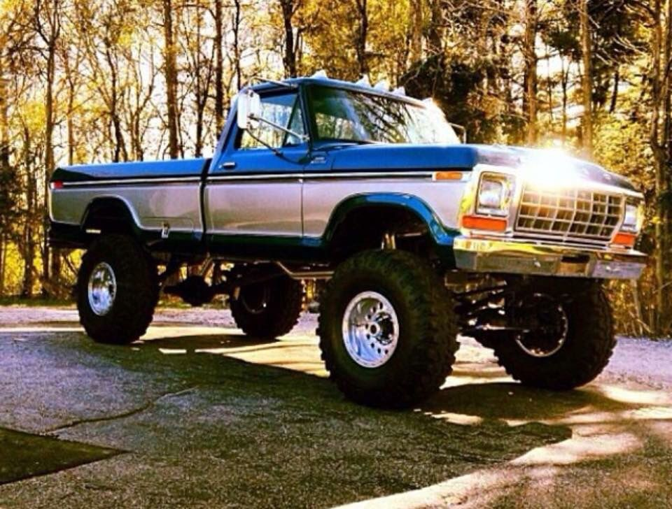 960x728 - Old Ford Truck 7