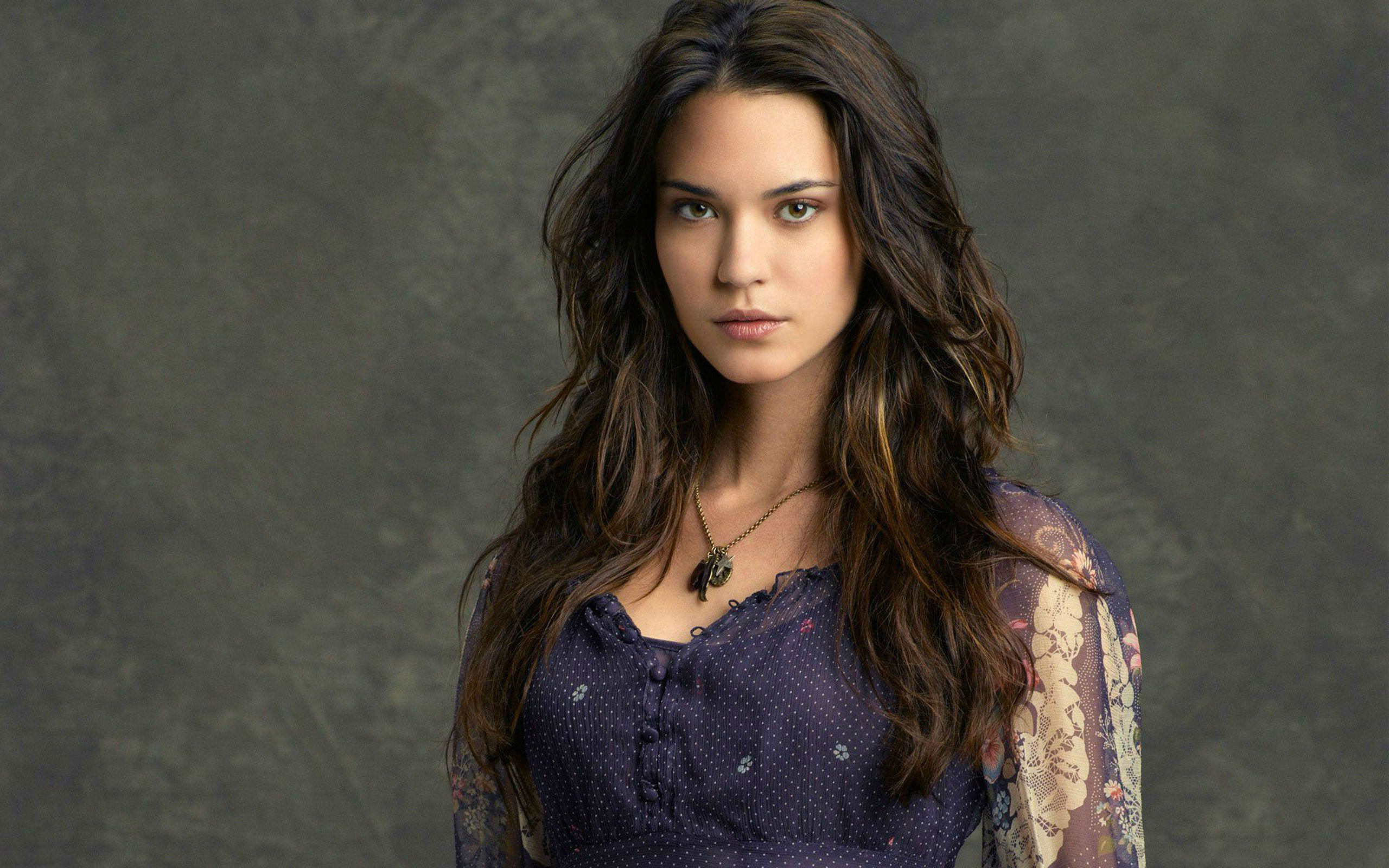 2560x1600 - Odette Annable Wallpapers 3