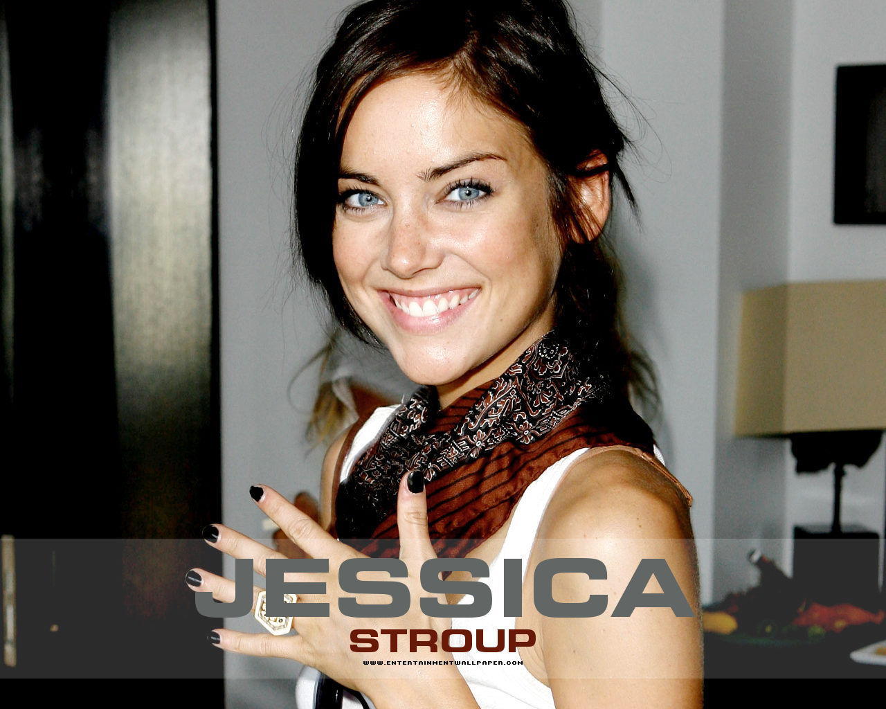 1280x1024 - Jessica Stroup Wallpapers 32