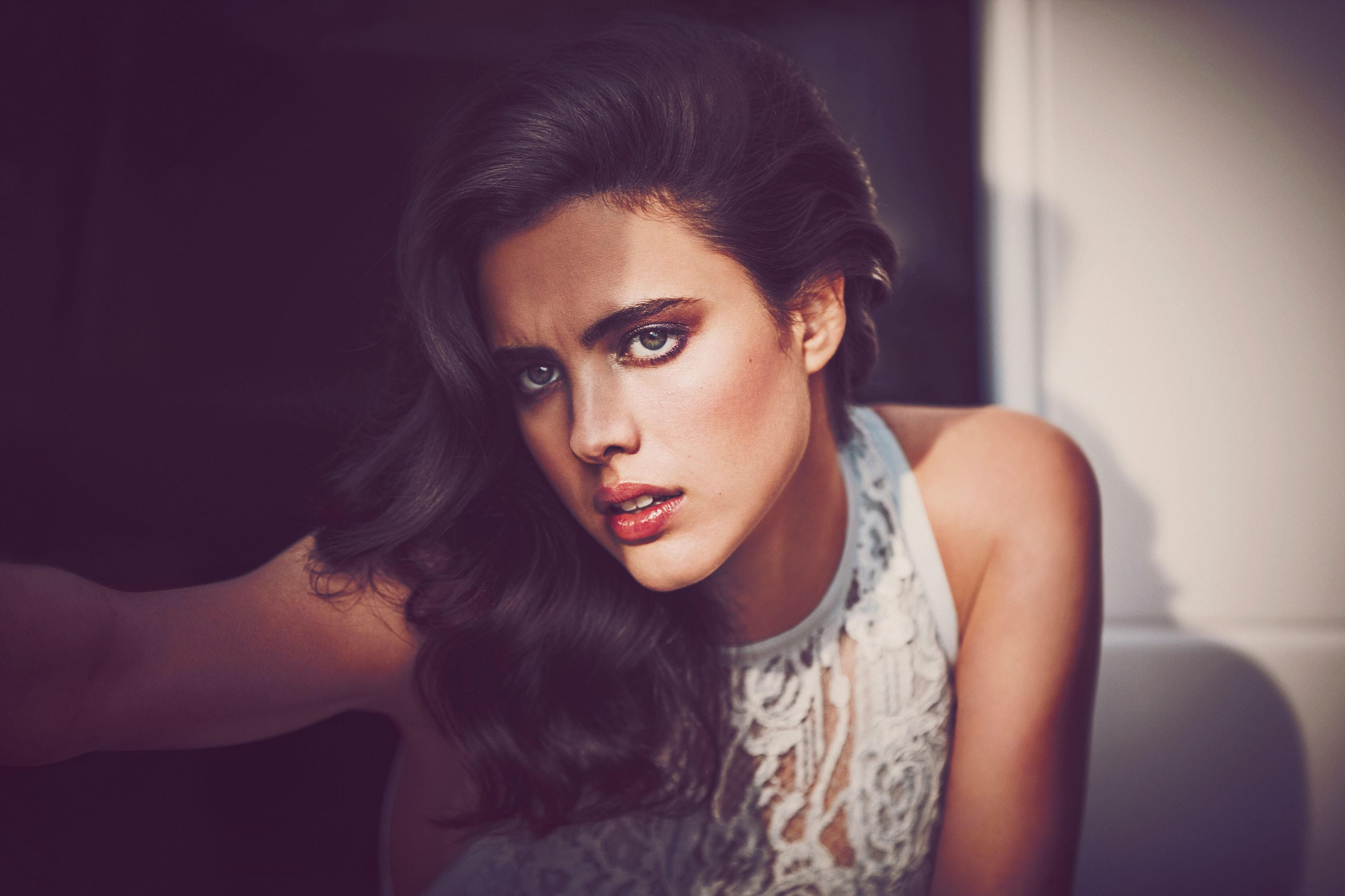3430x2286 - Margaret Qualley Wallpapers 13