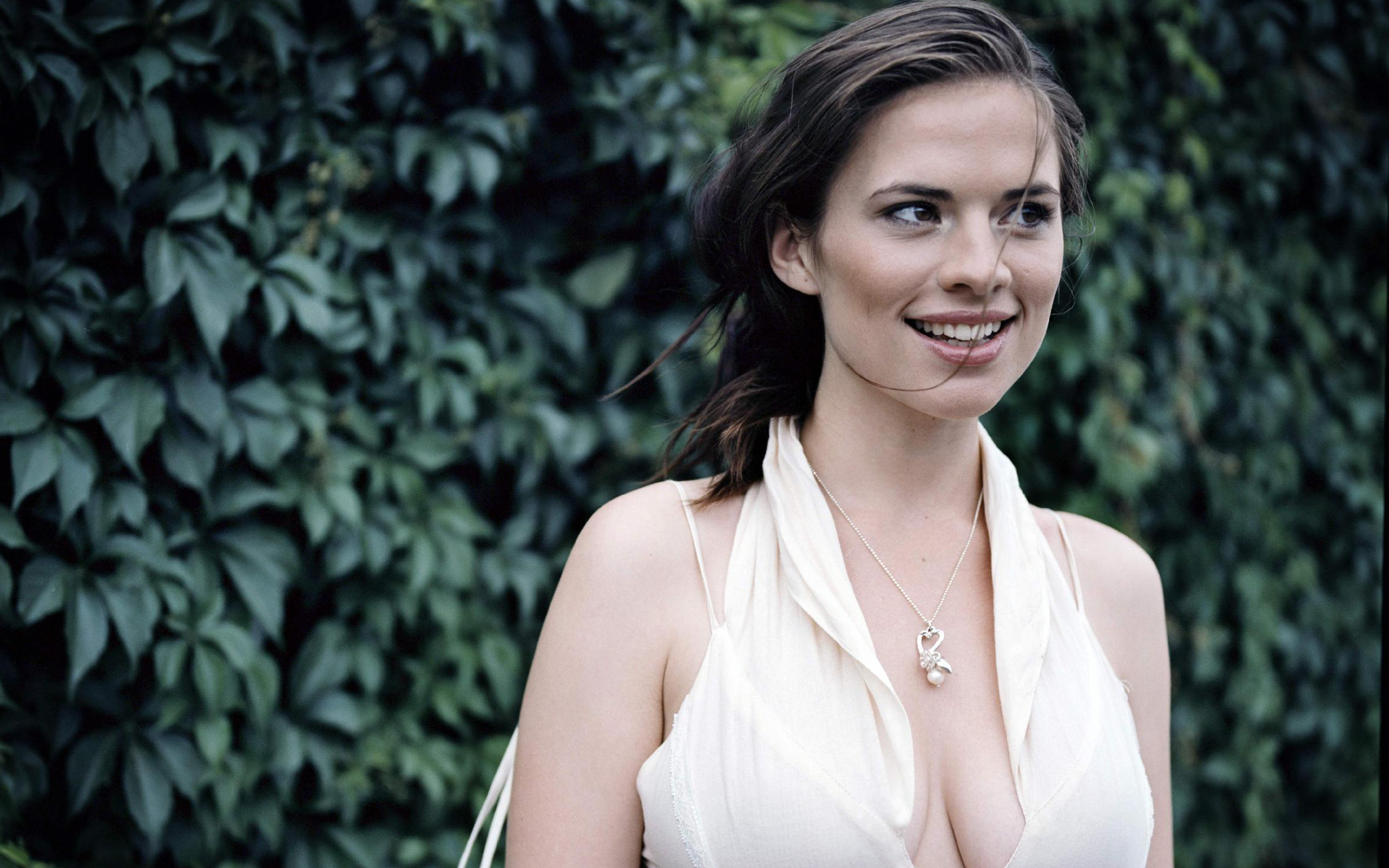 2560x1600 - Hayley Atwell Wallpapers 2