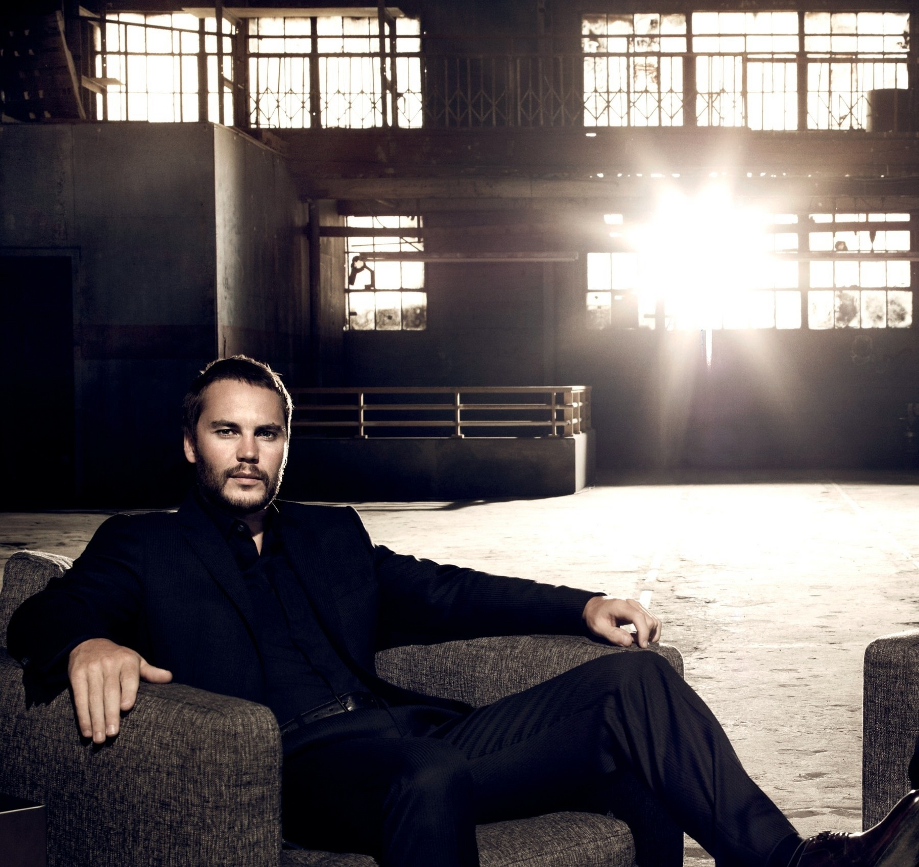 1800x1699 - Taylor Kitsch Wallpapers 4