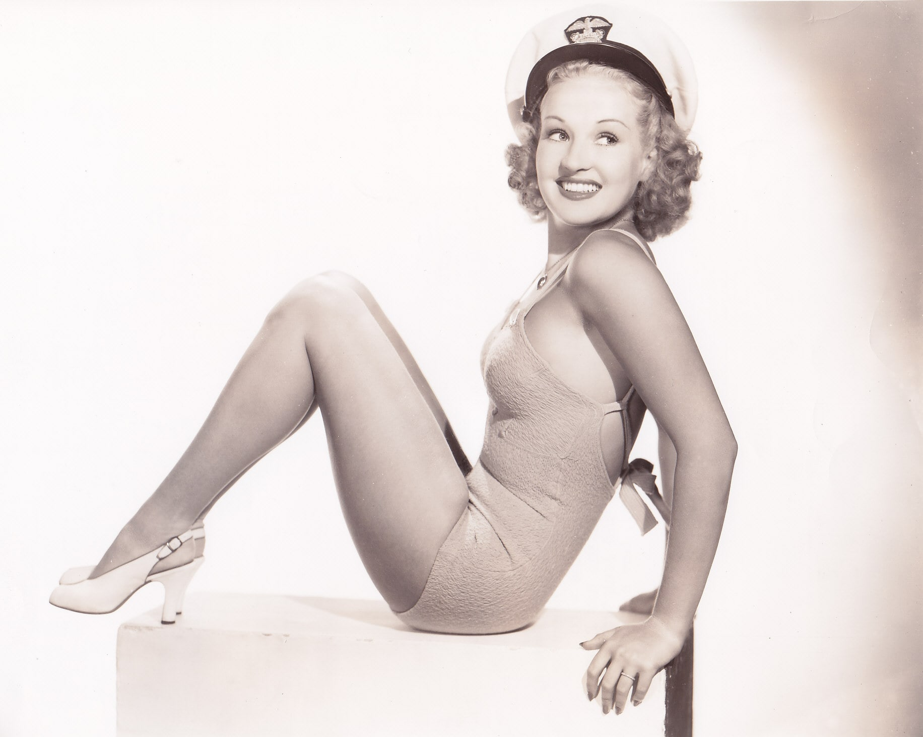 1832x1463 - Betty Grable Wallpapers 21