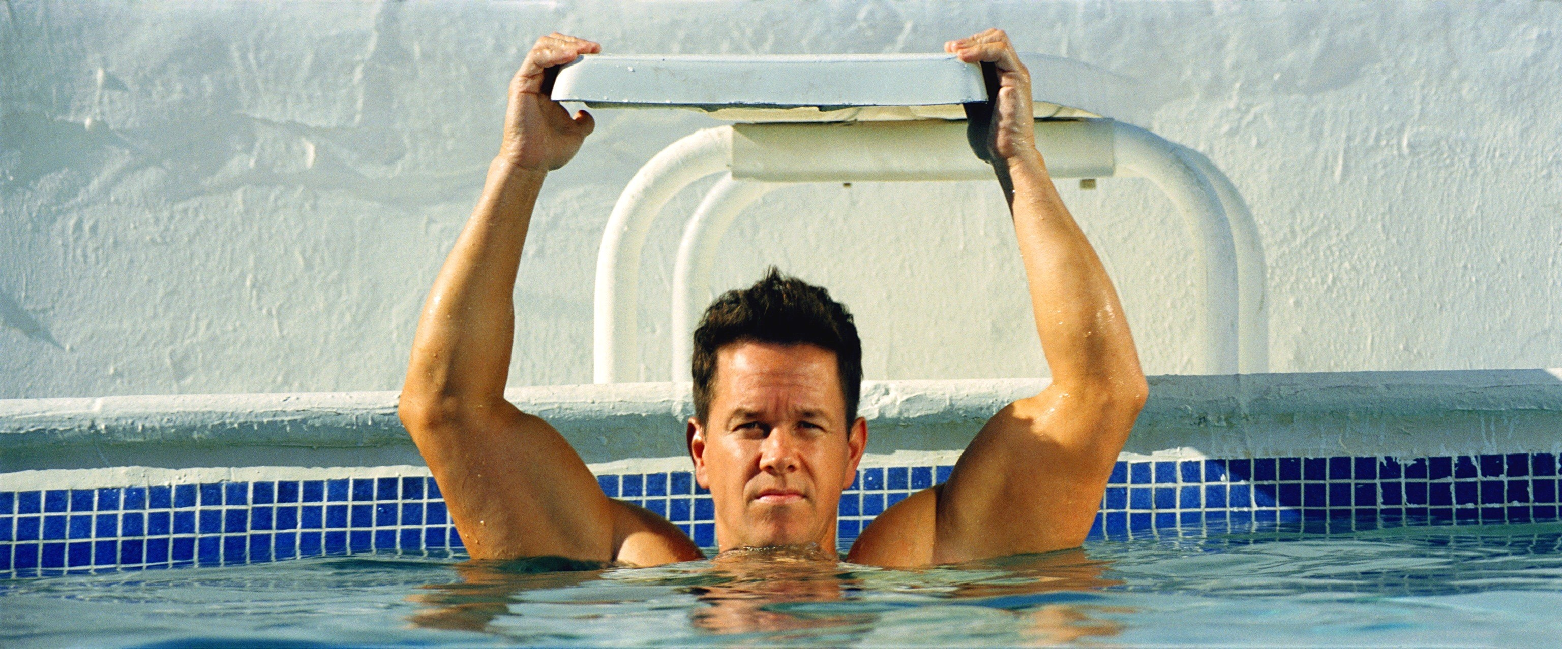 3072x1278 - Mark Wahlberg Wallpapers 14