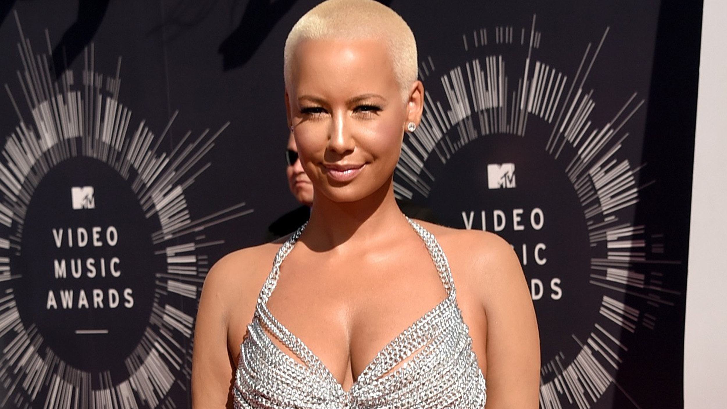 2500x1408 - Amber Rose Wallpapers 10
