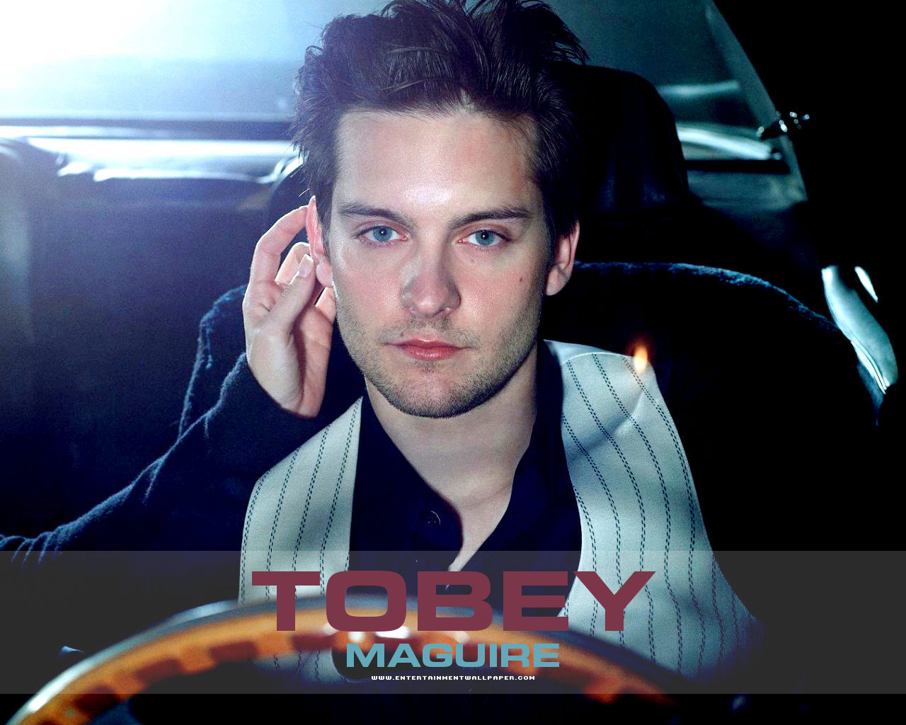 1280x1024 - Tobey Maguire Wallpapers 17