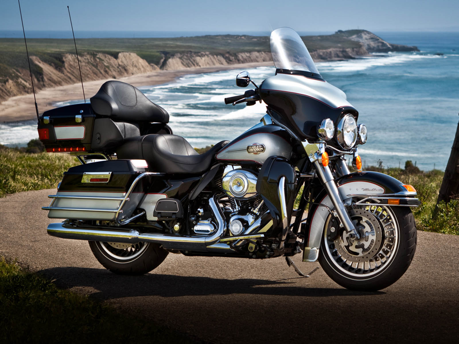 1600x1200 - Harley-Davidson Electra Glide Ultra Classic Wallpapers 10