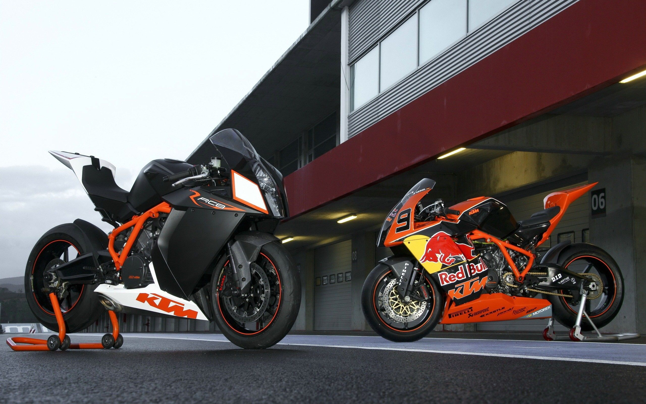 2560x1600 - KTM RC8 Wallpapers 24