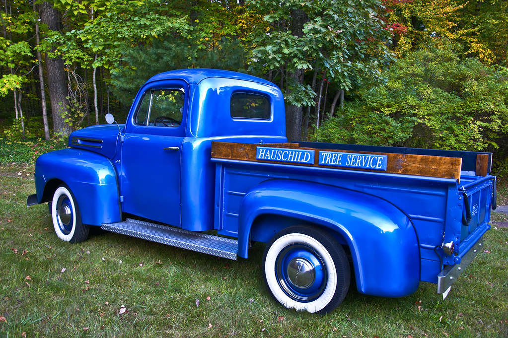 1023x681 - Old Ford Truck 8