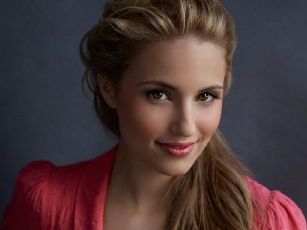 1024x768 - Dianna Agron Wallpapers 33