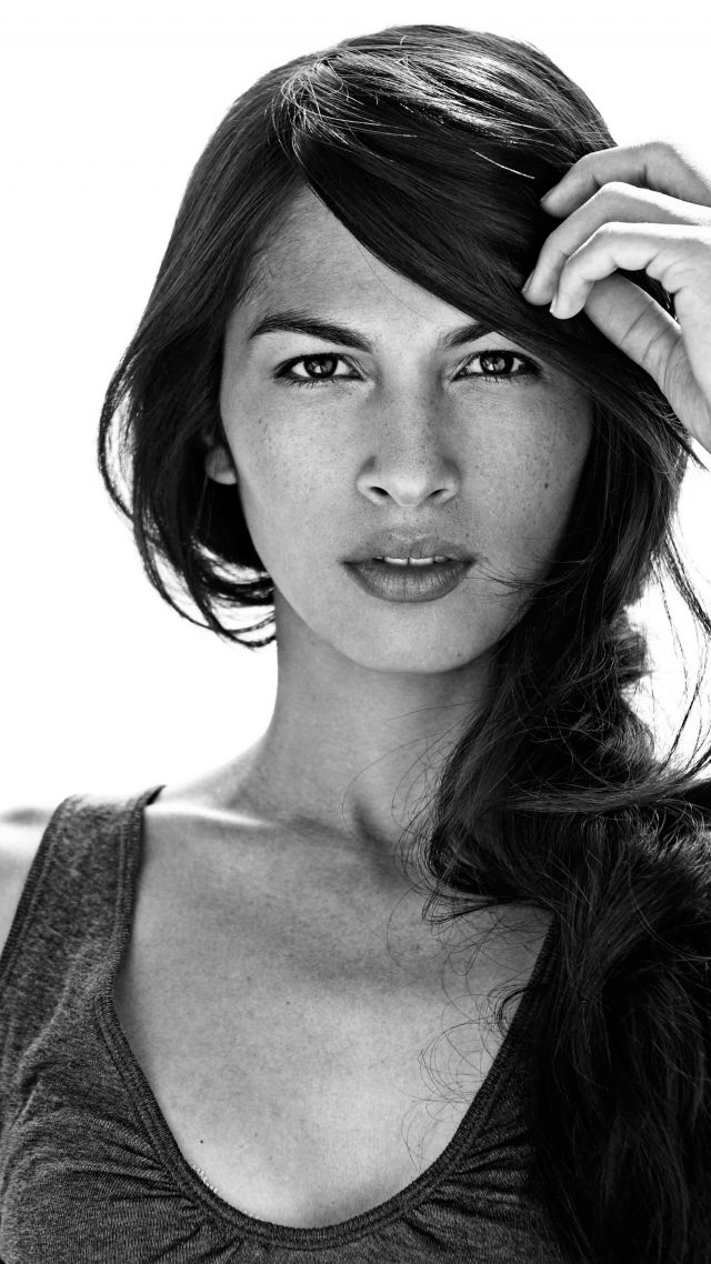 640x1138 - Elodie Yung Wallpapers 21