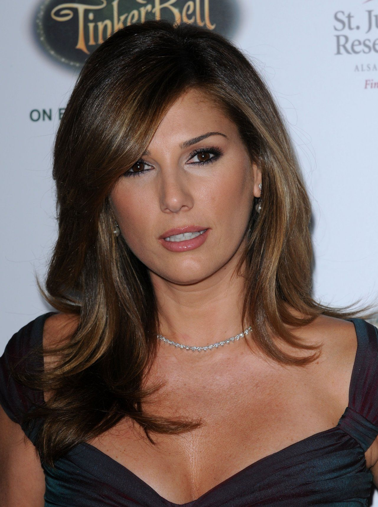 1280x1719 - Daisy Fuentes Wallpapers 24