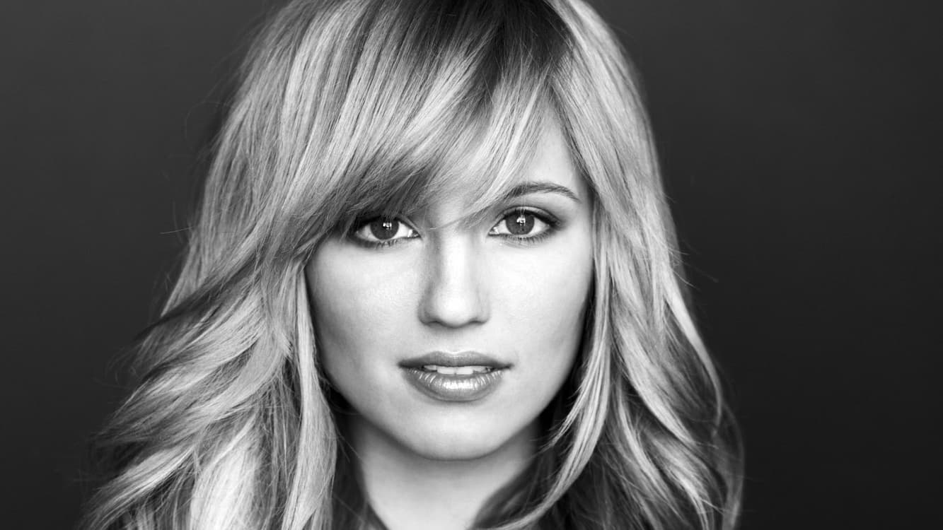 1333x750 - Dianna Agron Wallpapers 27
