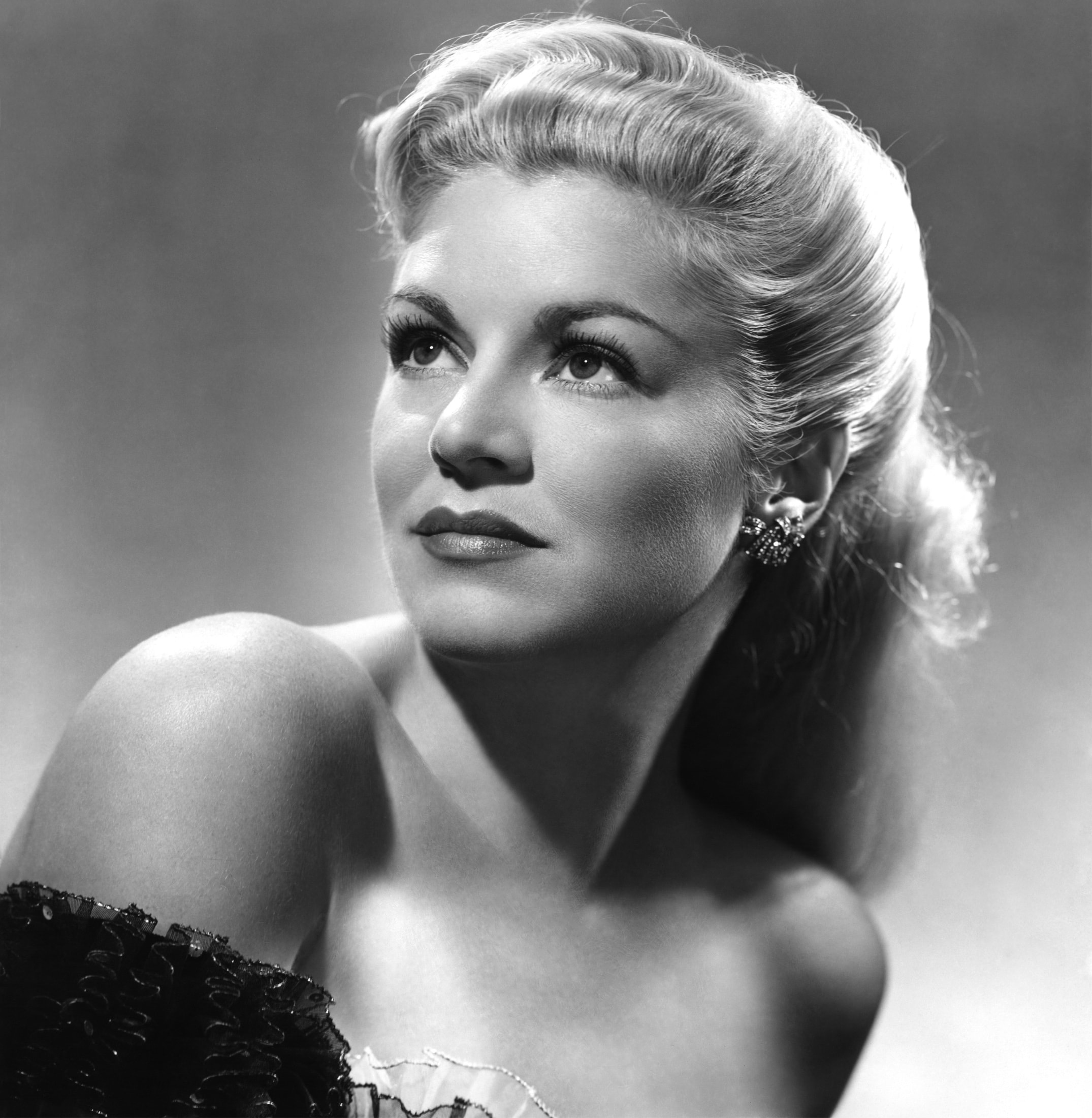 2150x2200 - Claire Trevor Wallpapers 25