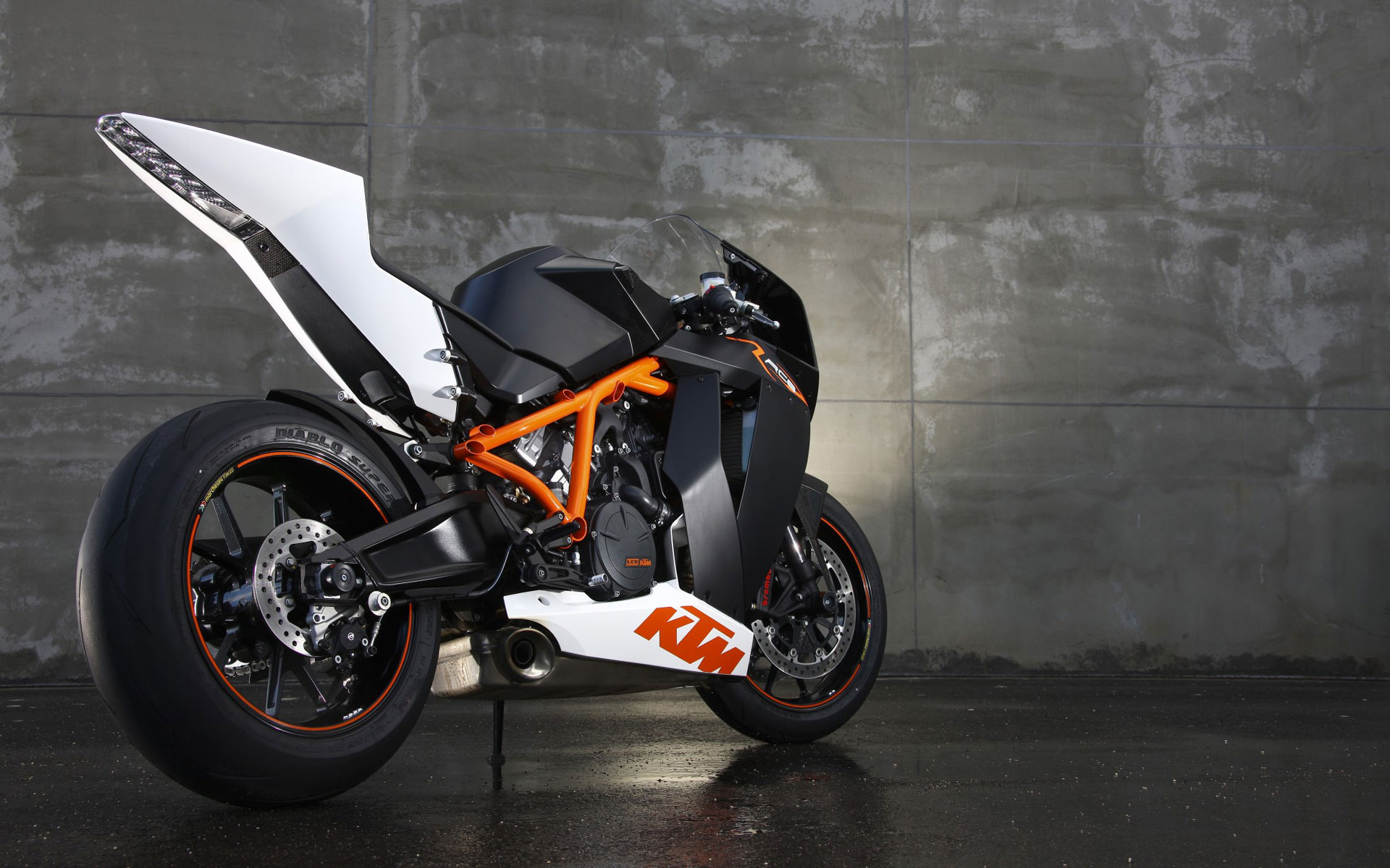 1920x1200 - KTM RC8 Wallpapers 8
