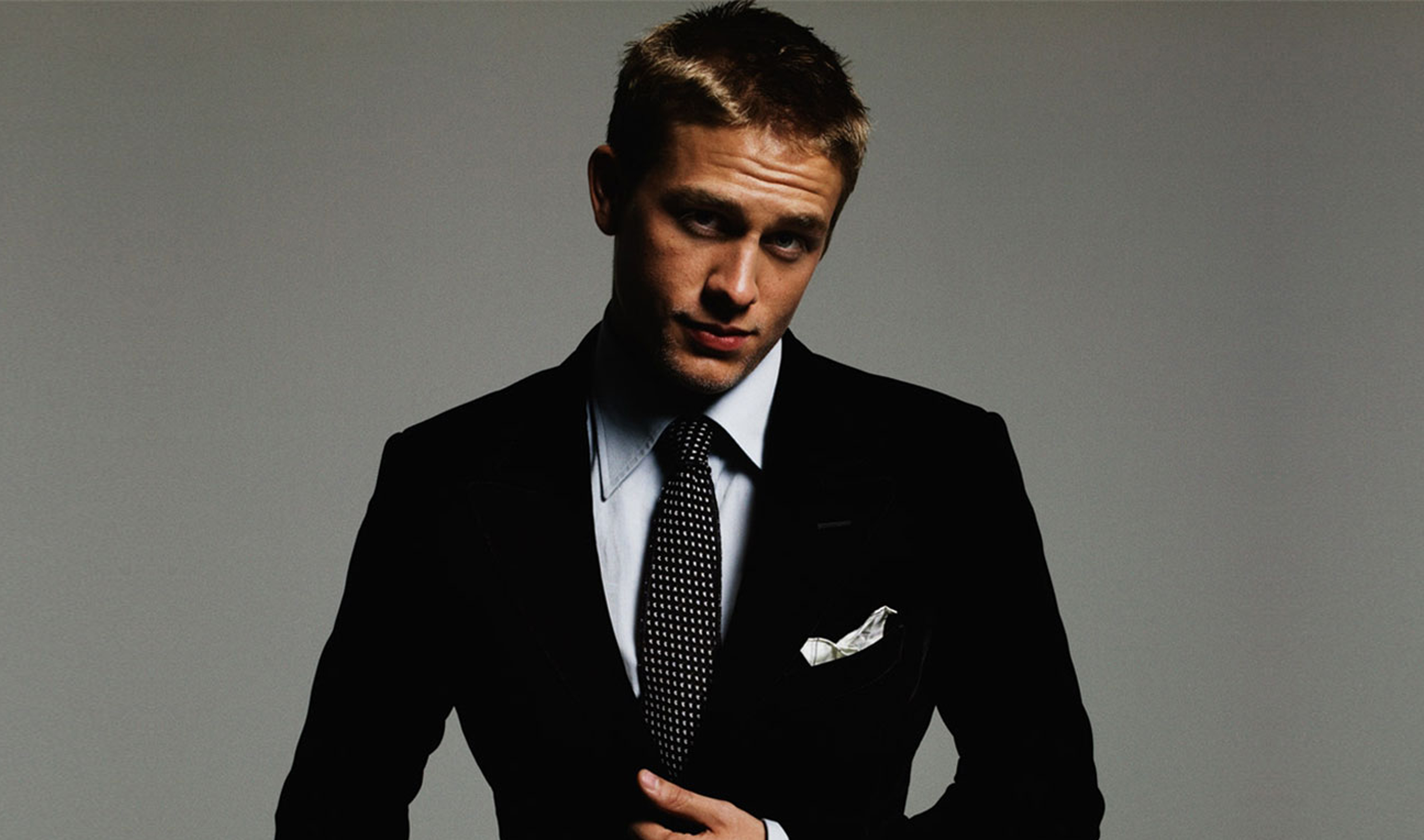 4554x2686 - Charlie Hunnam Wallpapers 5