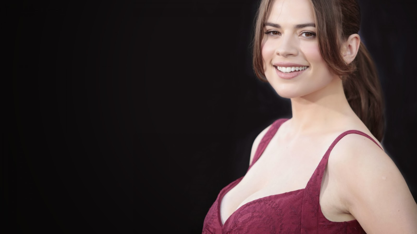 1600x900 - Hayley Atwell Wallpapers 12