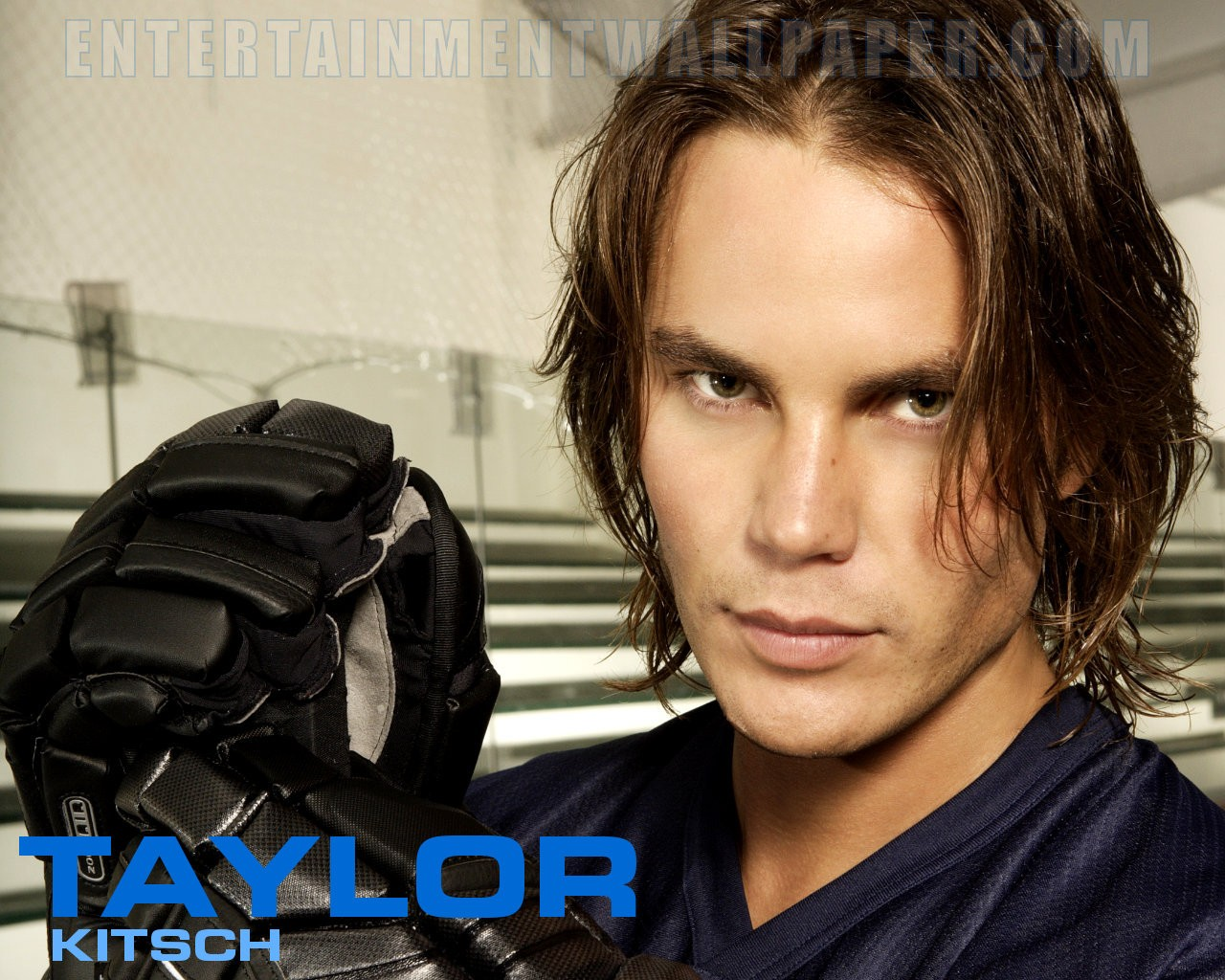 1280x1024 - Taylor Kitsch Wallpapers 22