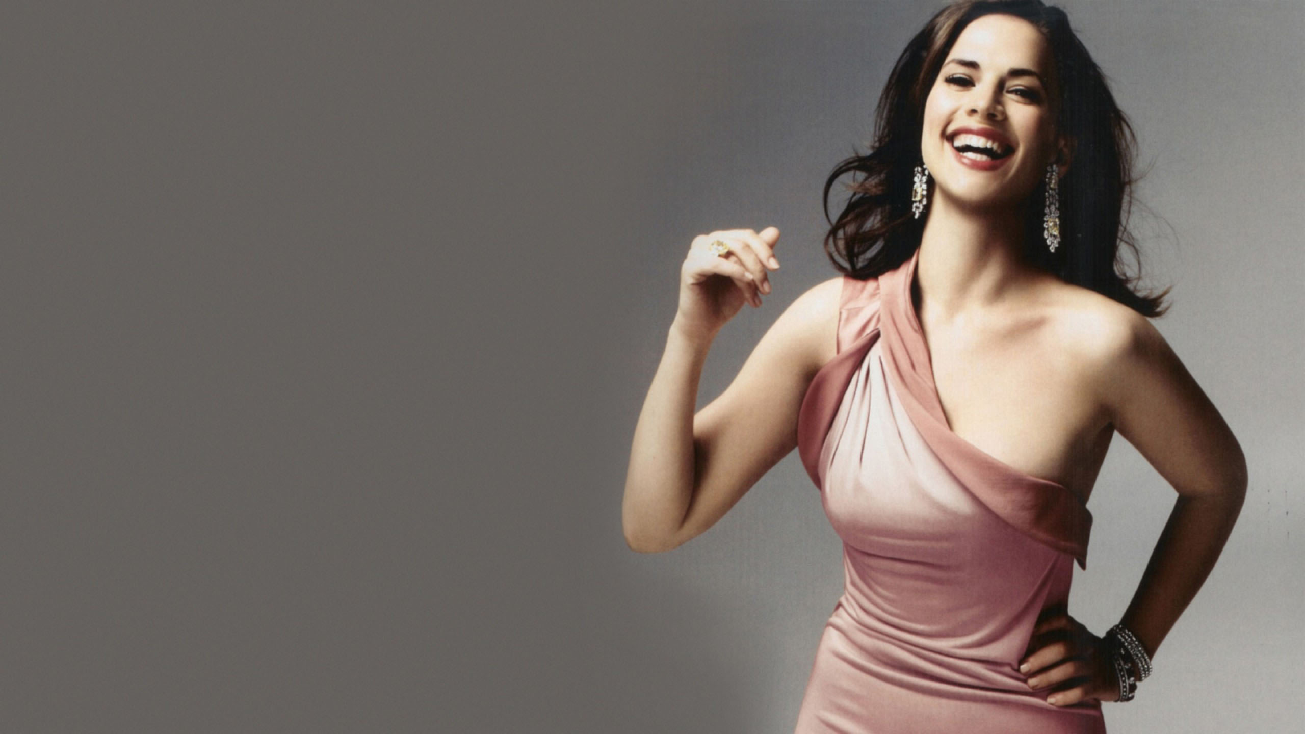 2560x1440 - Hayley Atwell Wallpapers 13
