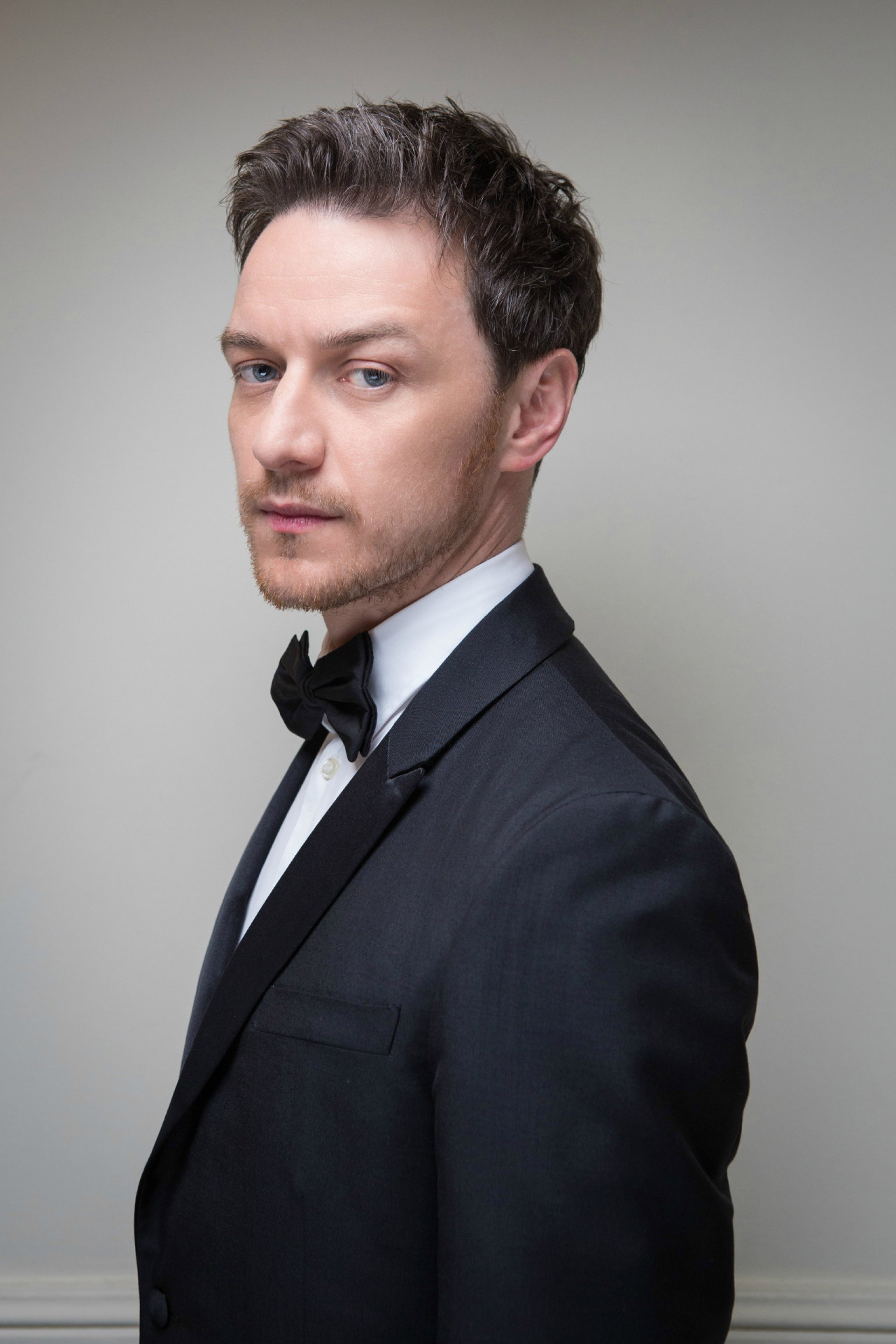 1280x1919 - James McAvoy Wallpapers 20