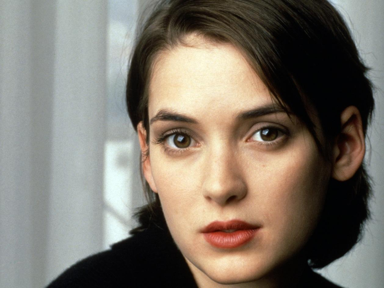 1258x944 - Winona Ryder Wallpapers 34