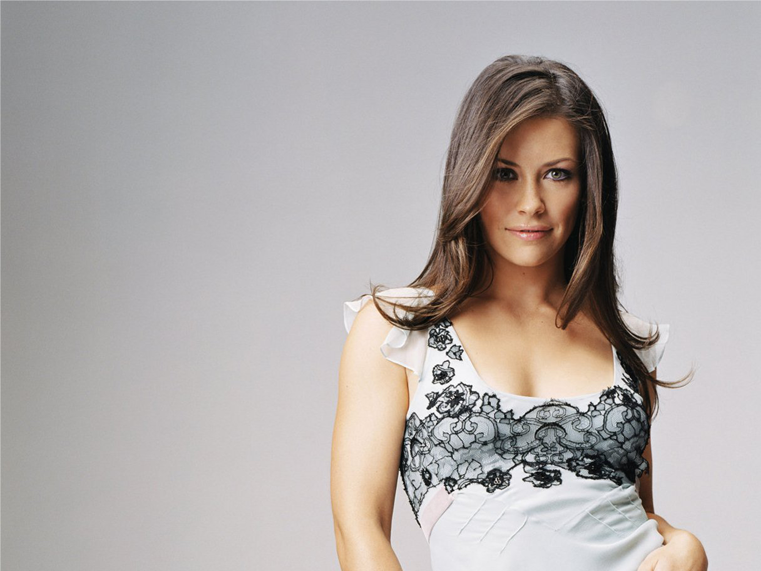 2560x1920 - Evangeline Lilly Wallpapers 35