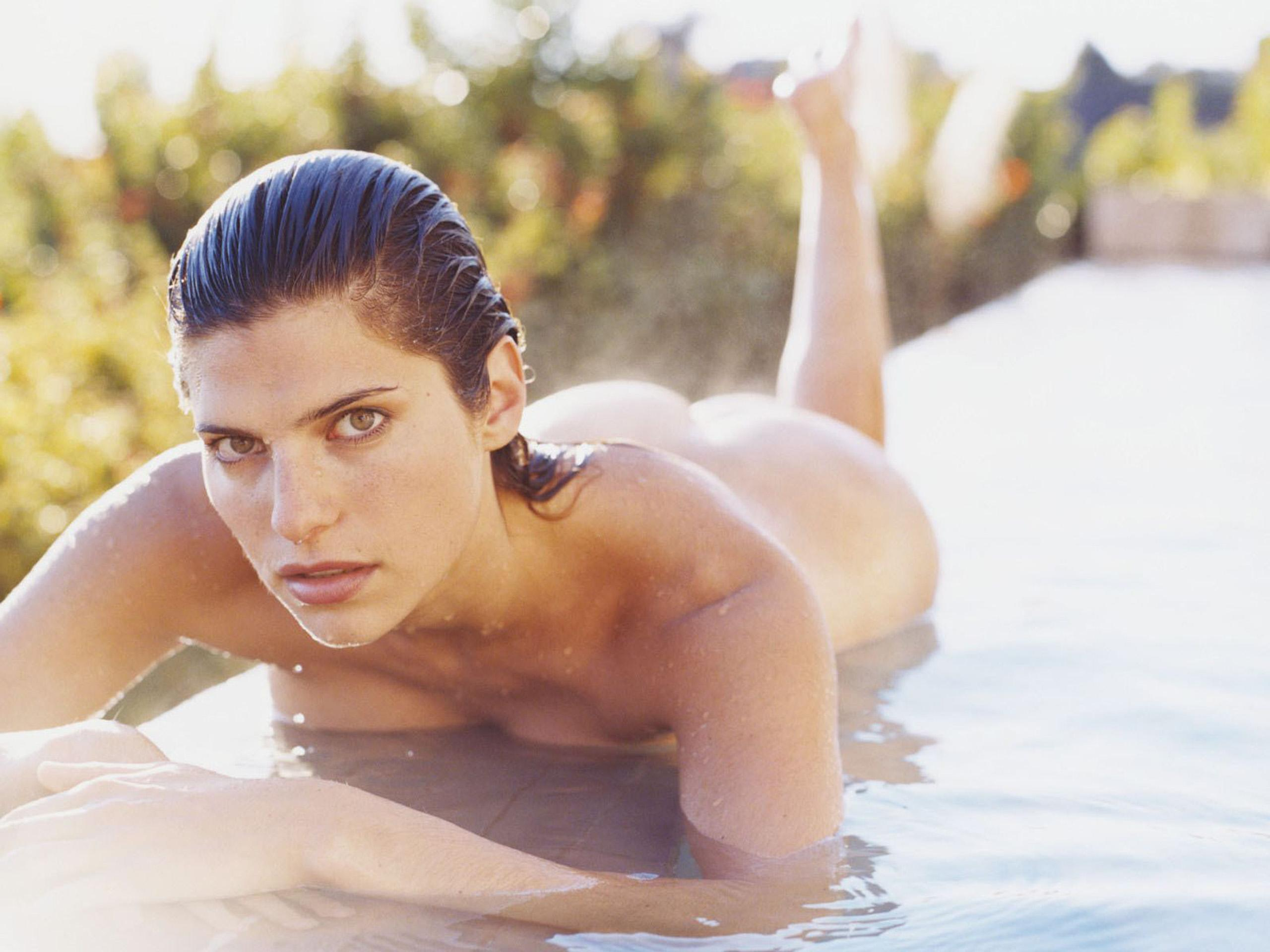 2560x1920 - Lake Bell Wallpapers 24
