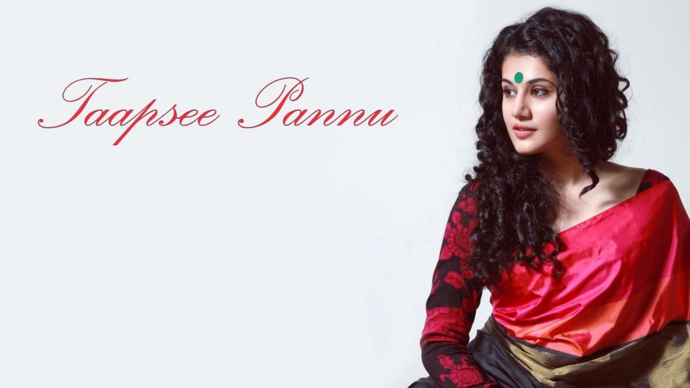 1366x768 - Tapsee pannu Wallpapers 25