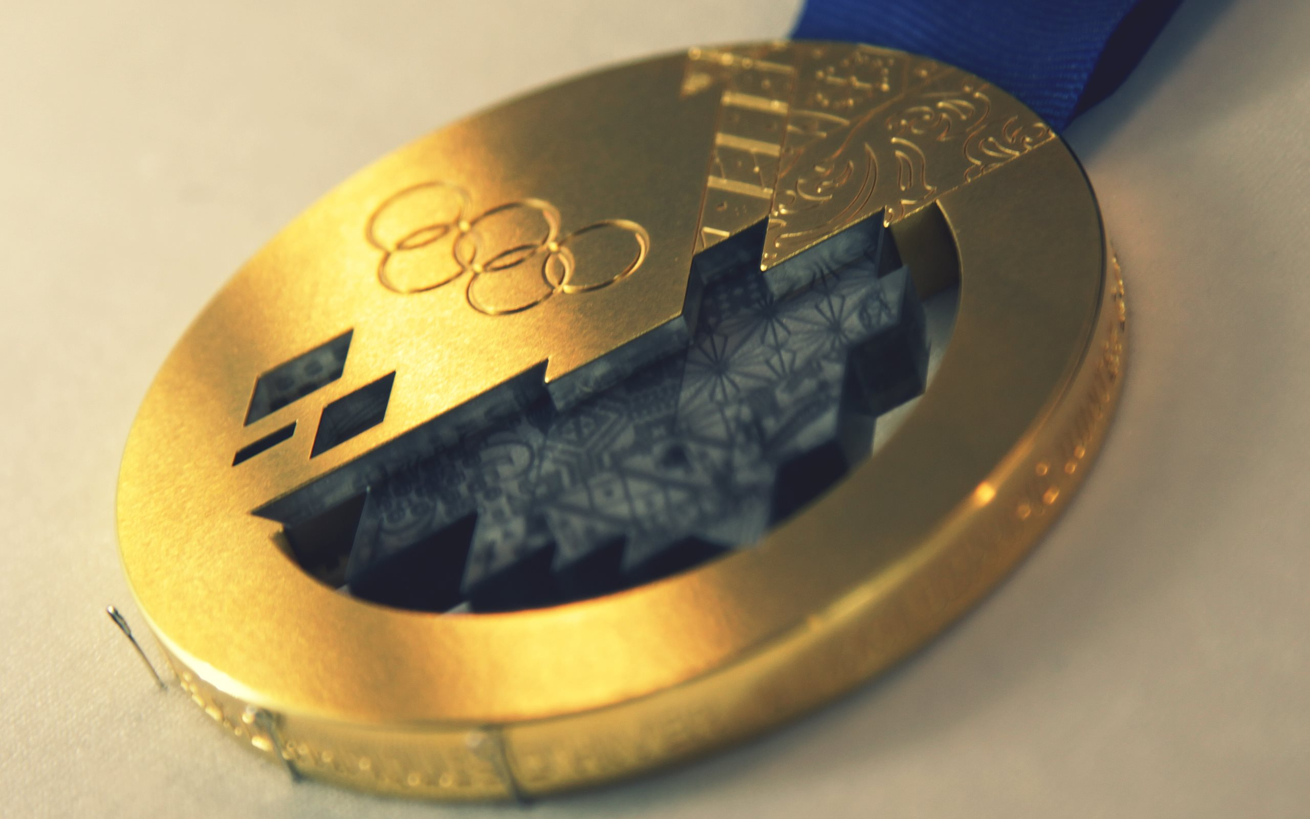 2560x1600 - Olympic Gold Metal Wallpapers 25