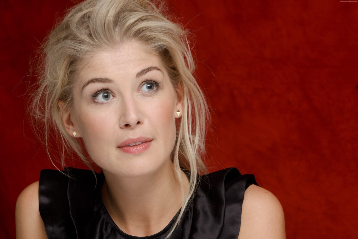 1200x800 - Rosamund Pike Wallpapers 19