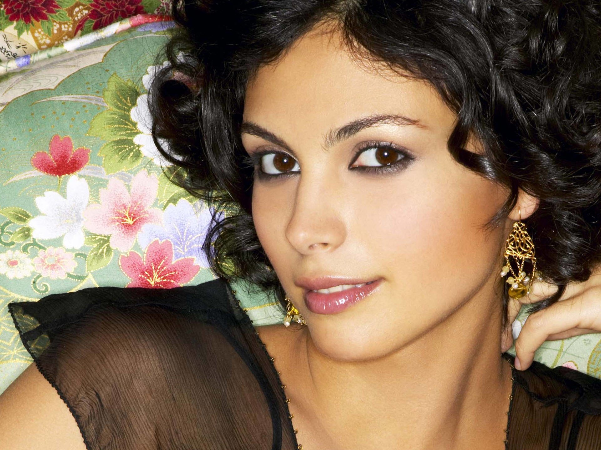 1920x1440 - Morena Baccarin Wallpapers 5