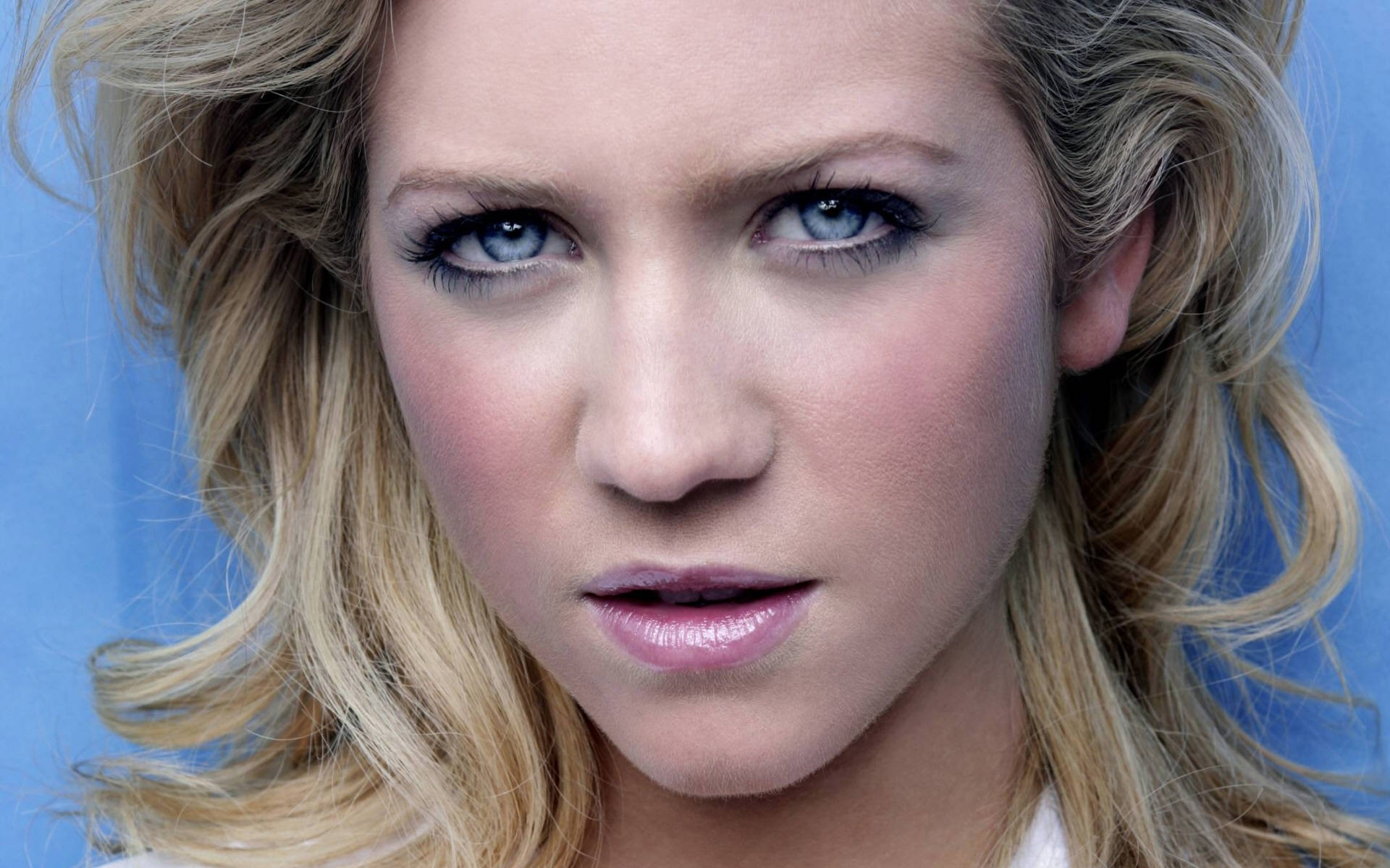 1920x1200 - Brittany Snow Wallpapers 22