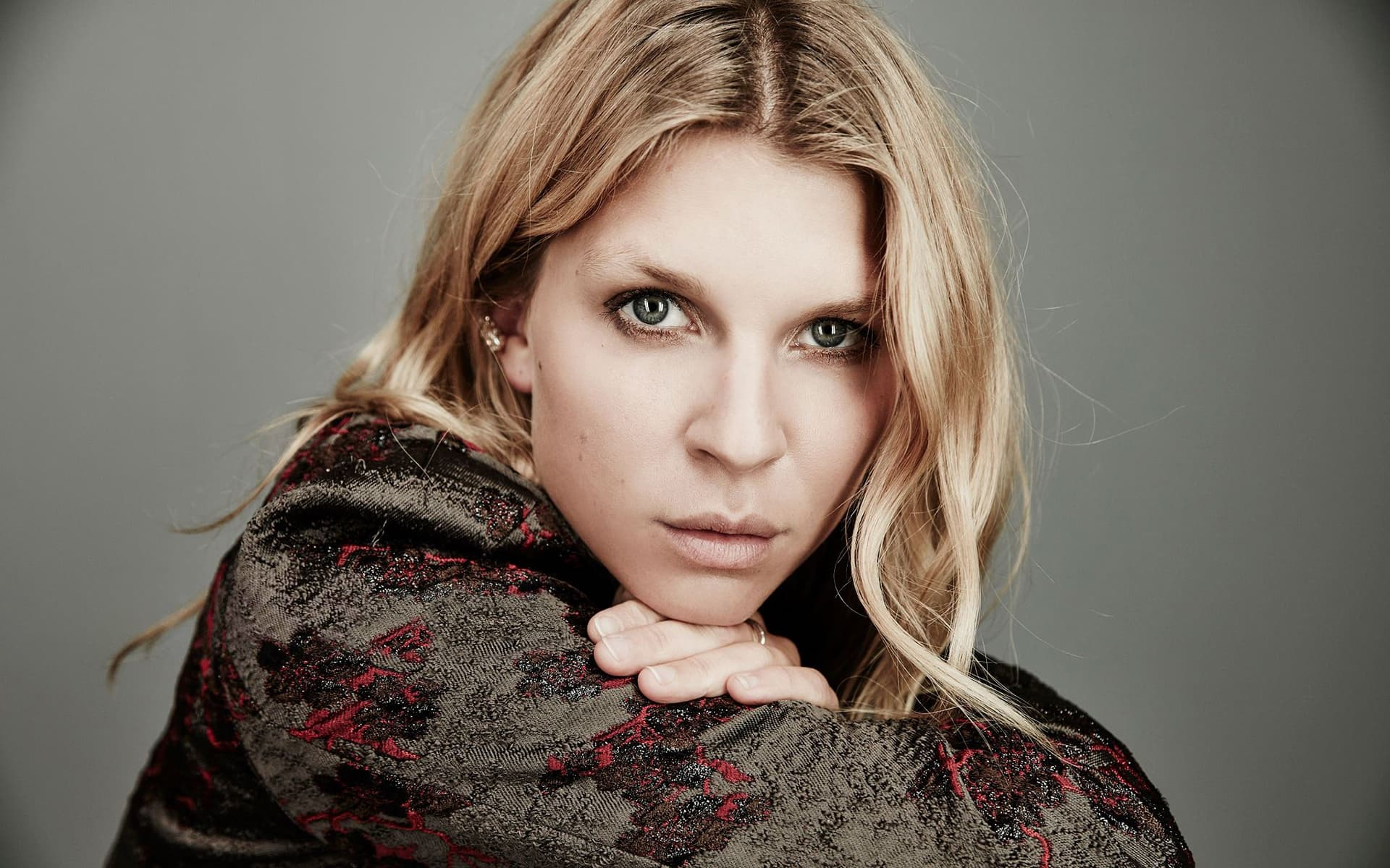 1920x1200 - Clemence Poesy Wallpapers 9