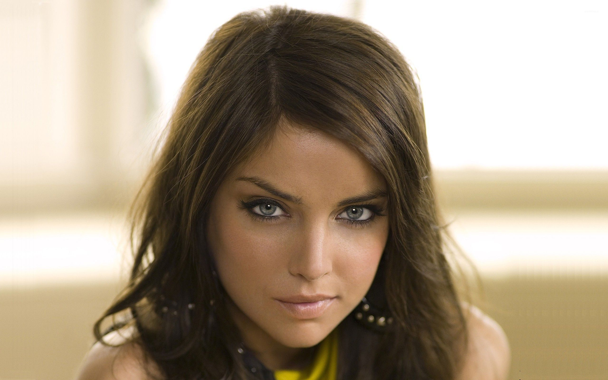 2560x1600 - Jessica Stroup Wallpapers 17